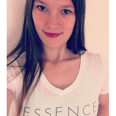 Essence Bellydance Classes - Belly Dancer Sarain Bielefeld